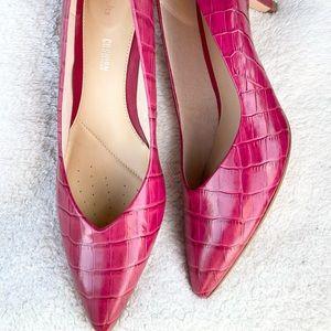 Clarks leather fuchsia heels size 8.5 NWT